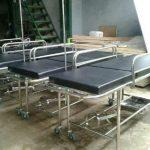 Brankar Dorong Emergency Stainless untuk Transfer Pasien