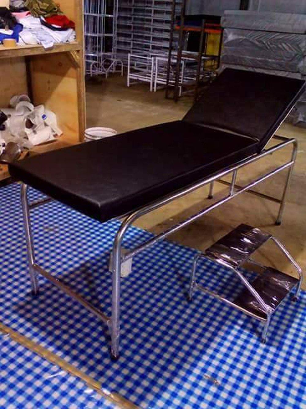 ranjang tempat tidur pasien bahan stainless